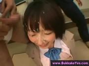制服美少女の顔をbukkakeでドロドロにする乱こうパーティ動画像無料